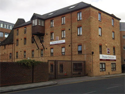 Fixed fee commercial leases Bedford